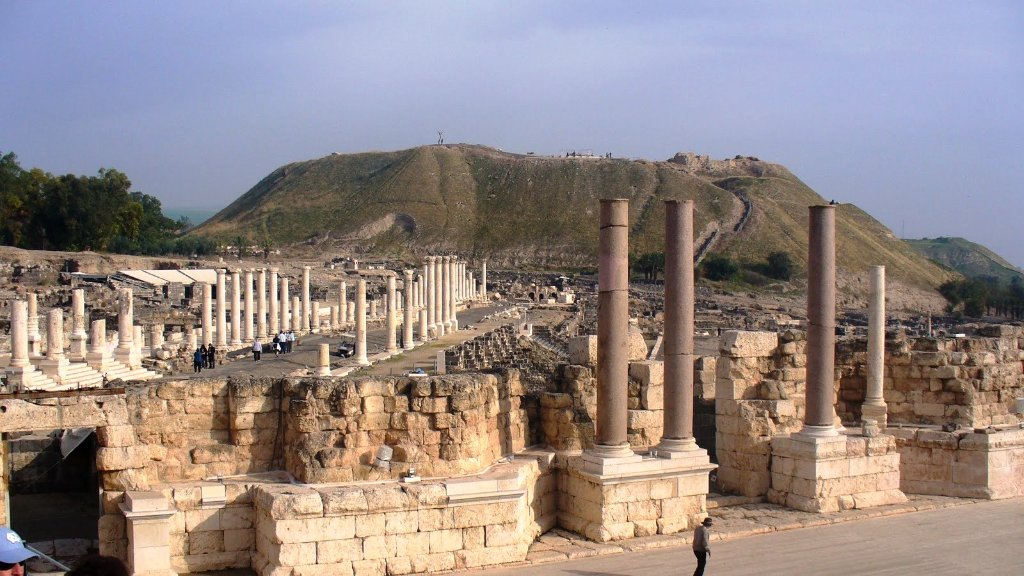 beth shean - beit shean from theatre.jpg