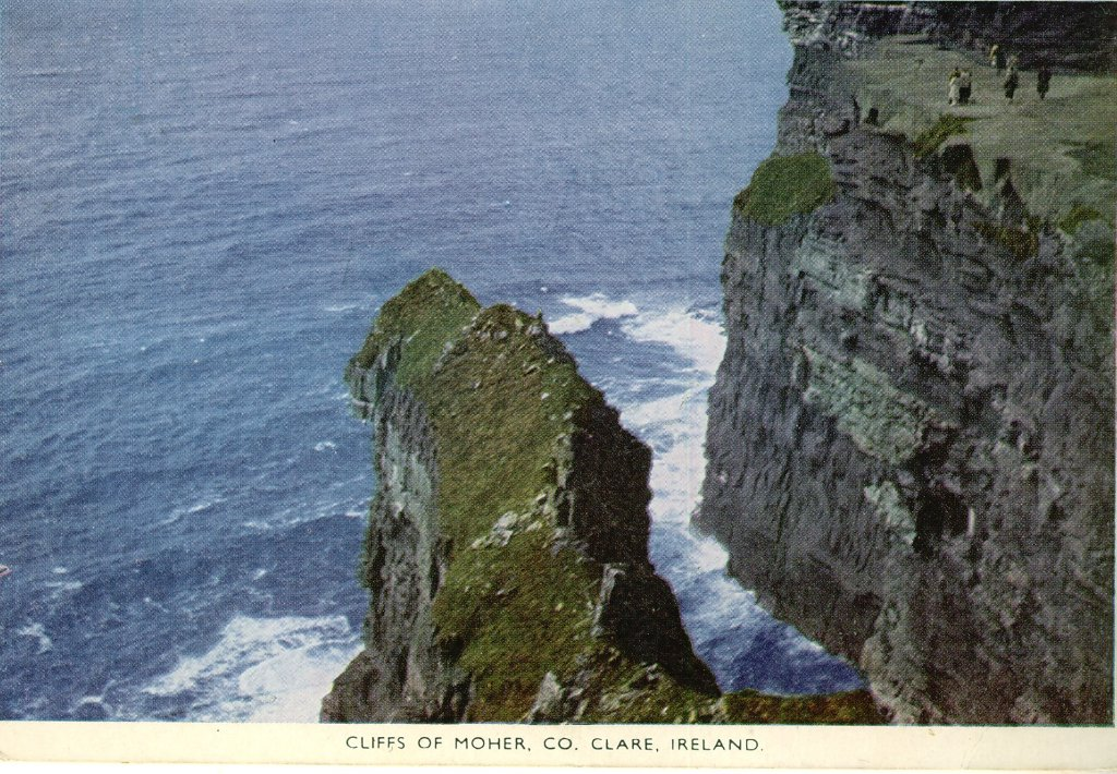 EIR  Cliffs of Moher Co Clare Ireland.jpg